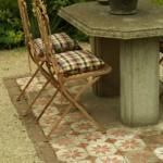 Cure de jouvence pour les chaises de la terrasse