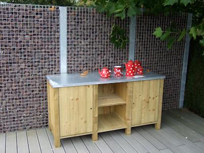 au jardin les palissades embellissent le jardin. Black Bedroom Furniture Sets. Home Design Ideas
