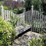 Les meubles de jardin propres et nets